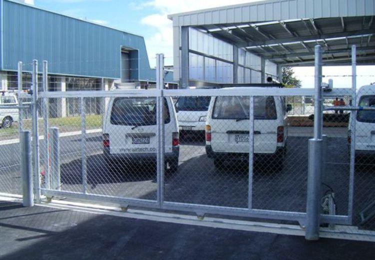 fencing industries